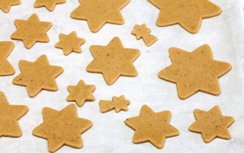 Preparazione Alberello di Natale di pan di zenzero - Fase 4