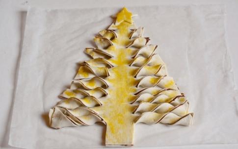 Preparazione Albero di Natale di pasta sfoglia alla Nutella - Fase 3