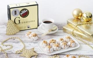 Amaretti con crema al caffè