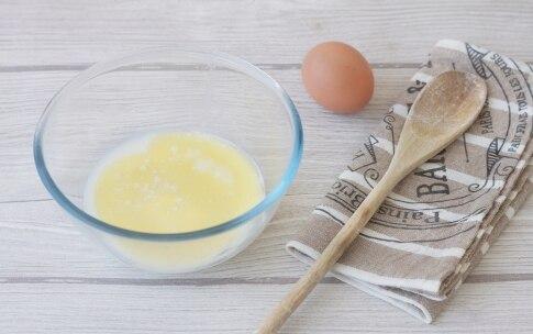 Preparazione Ciambelline alle mandorle con glassa al tè matcha - Fase 2