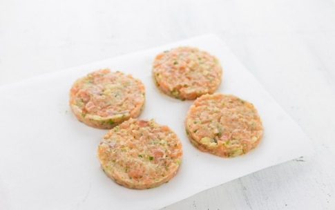 Preparazione Fish burger alle erbe - Fase 2