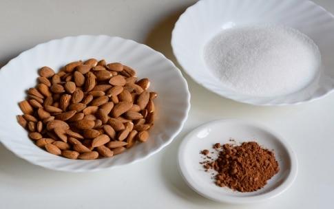 Preparazione Mandorle caramellate - Fase 1