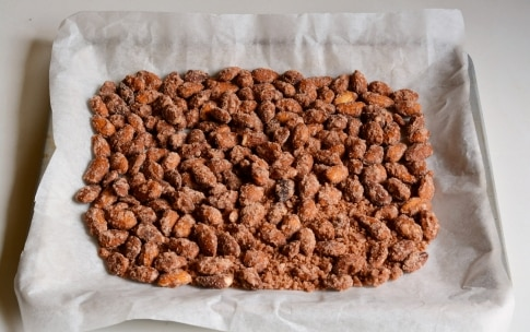 Preparazione Mandorle caramellate - Fase 3
