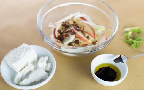 Preparazione Insalata di finocchi e mele - Fase 2