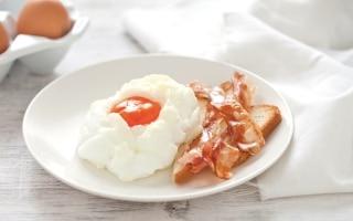 Nuvole di uova e bacon