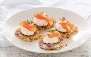 Rosti di patate con salmone affumicato e...