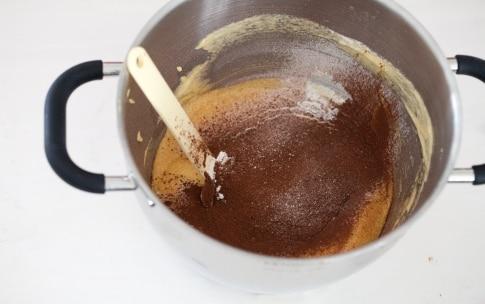 Preparazione Rotolo al cioccolato con crema al mascarpone - Fase 2