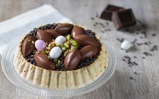 Torta al pistacchio e triplo cioccolato