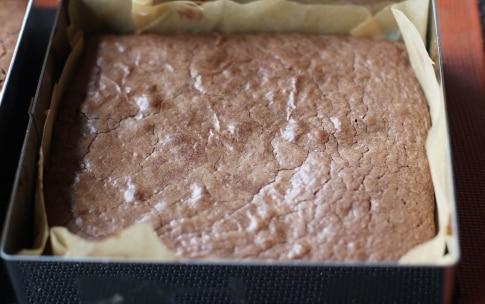 Preparazione Brownies con nocciole e noci di macadamia - Fase 3