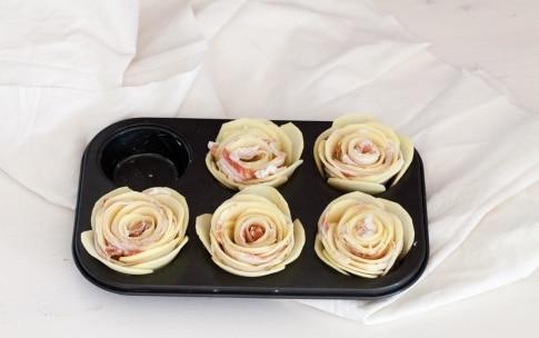 Preparazione Rose di patate e pancetta - Fase 2