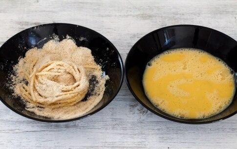Preparazione Spaghetti fritti con zucchine, mozzarella e pesto - Fase 4
