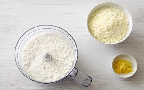 Preparazione Torta caprese al cioccolato bianco e limone - Fase 2