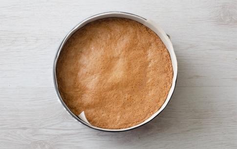 Preparazione Torta caprese al cioccolato bianco e limone - Fase 4