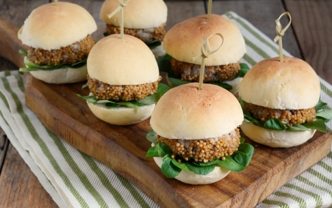Preparazione Mini hamburger alla senape - Fase 2