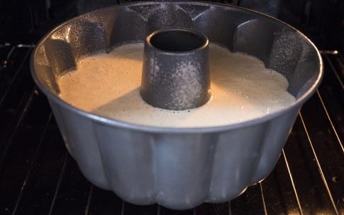 Preparazione Ciambellone con glassa al limone - Fase 3