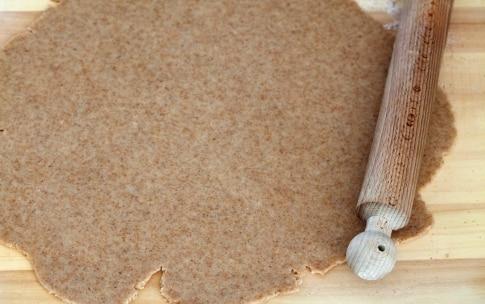 Preparazione Crostata integrale alle more e prugne - Fase 3
