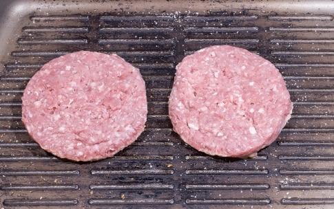 Preparazione Hamburger - Fase 2