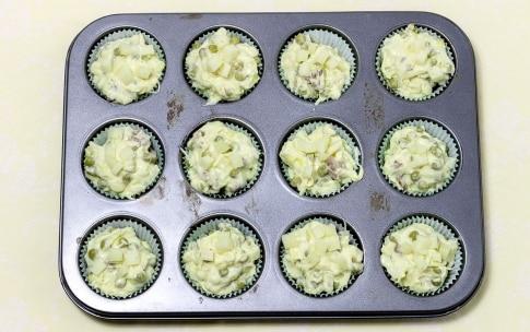 Preparazione Muffin salati piselli e salsiccia - Fase 4