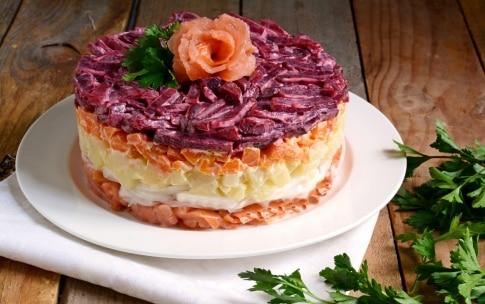 Preparazione Salad cake al salmone - Fase 5
