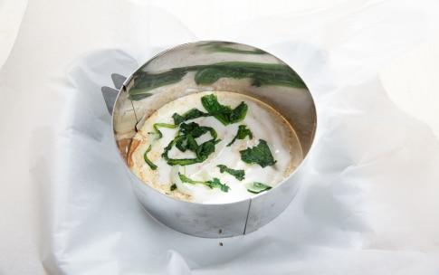 Preparazione Torta di crepes salata con prosciutto e formaggio  - Fase 2
