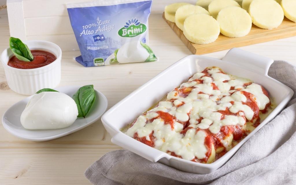 Gnocchi alla romana con pomodoro e mozzarella