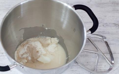 Preparazione Pizzette in padella - Fase 1