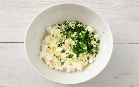 Preparazione Fagottini di sfoglia, pomodoro e mozzarella - Fase 1