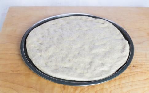 Preparazione Focaccia con cipolle, melanzane e rosmarino - Fase 2