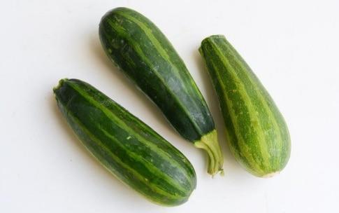Preparazione Pizzette di zucchine - Fase 1