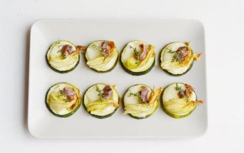 Preparazione Pizzette di zucchine - Fase 2