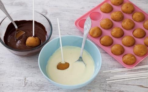 Preparazione Cake pops - Fase 3