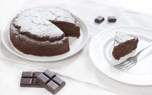 Preparazione Torta al cioccolato senza glutine - Fase 5