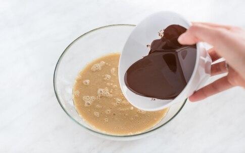 Preparazione Torta al cioccolato senza glutine - Fase 3
