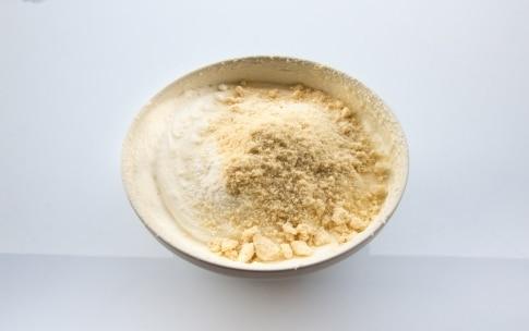 Preparazione Torta senza glutine alla frutta - Fase 2