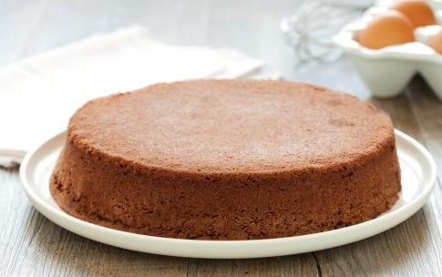 Preparazione Pan di Spagna al cacao - Fase 3