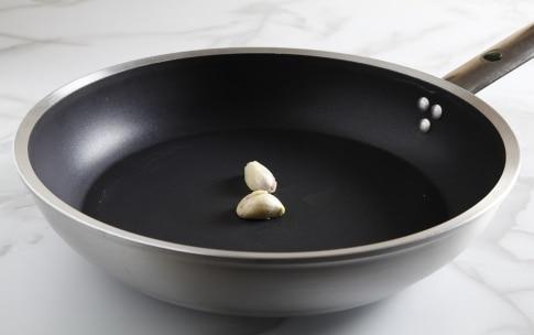 Preparazione Spaghetti al pomodoro e vaniglia - Fase 1