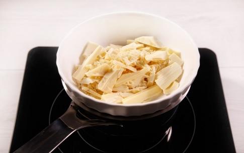 Preparazione Choco ball di cioccolato bianco - Fase 2