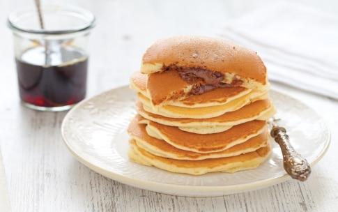 Preparazione Pancake ripieni alla Nutella - Fase 5
