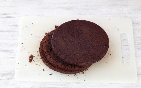 Preparazione Torta al cioccolato e caffè con crema pasticciera al cioccolato - Fase 4