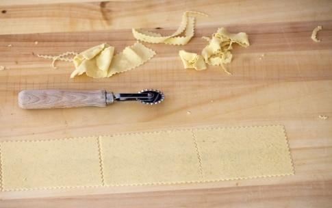 Preparazione Chiacchiere al forno - Fase 3