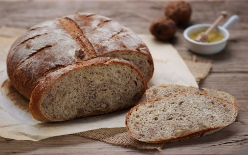 Preparazione Pane semi integrale alle noci - Fase 5