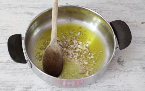 Preparazione Risotto al miele e rosmarino - Fase 1