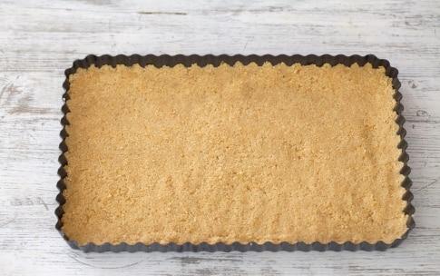 Preparazione Cheesecake alla ricotta, noci e pomodori secchi - Fase 2