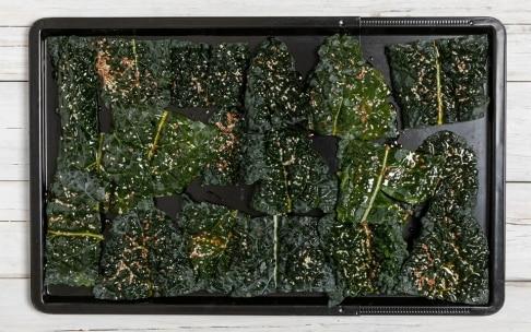 Preparazione Chips di cavolo nero al forno - Fase 3
