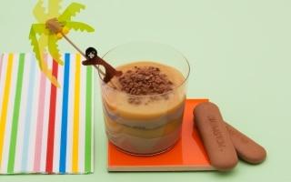 Crema densa di biscotti al cacao e...