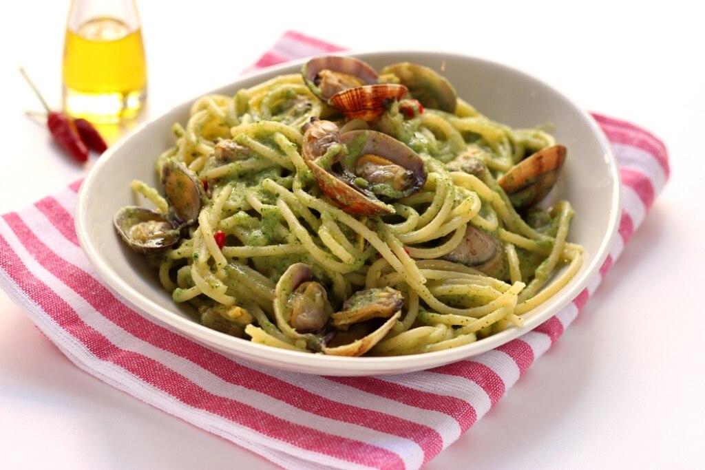 Vermicelli alle vongole e crema di broccoli
