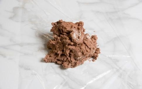 Preparazione Crostata al cacao e frutti rossi - Fase 1