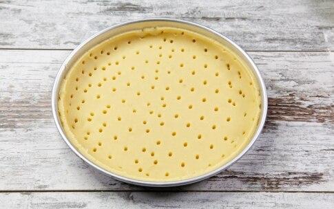 Preparazione Crostata pasquale con crema pasticcera e frutta - Fase 1