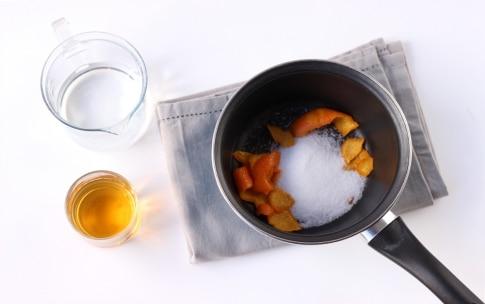 Preparazione Tiramisù con amaretti - Fase 1