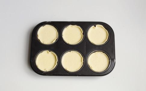 Preparazione Tortini al cioccolato e cocco - Fase 2